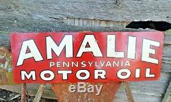 Vintage 1931 AMALIE Pennsylvania MOTOR OIL Advertising Tin Tacker Sign