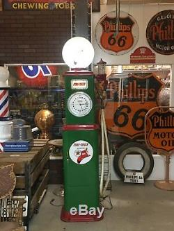 Vintage BENNETT CLOCKFACE GAS PUMP in TEXACO with New Globe Station OLD Oil Sign