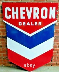 Vintage Original Chevron Oil Co Dealer Porcelain Sign Very Good Condition