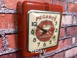 Vtg Ingraham Red Deco Advertising Pegasus Mobil Oil Gas Station Wall-clock Sign